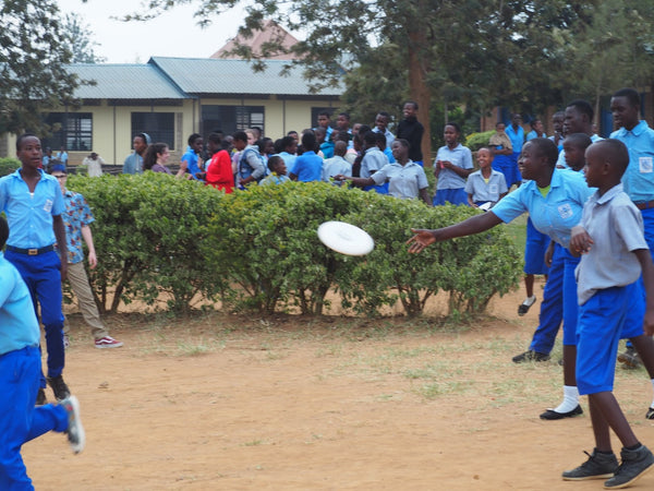 ARIA discs used in Rwanda to teach ultimate and communication skills