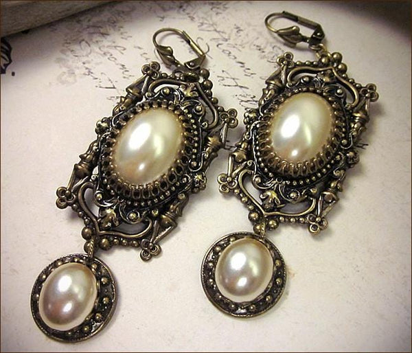 Gothic Cathedral Earrings - Antiqued Brass