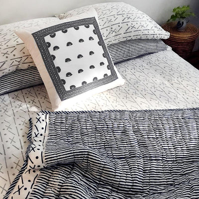 Proud Mary for Tilonia® King Duvet Set in Criss Cross in Dove Grey