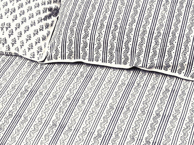 Tilonia® Queen Duvet Set - Centipede Stripe & Sprig in Grey