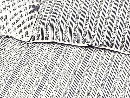 Tilonia® Twin Duvet Set - Centipede Stripe & Sprig in Grey