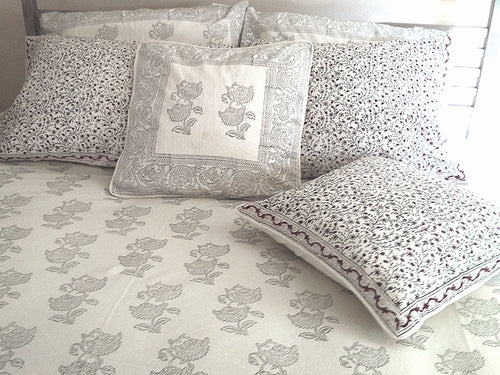Tilonia® Twin Duvet Set - Black & White Floral