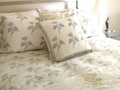 Tilonia® Twin Duvet Set - Fancy Floral in Black & White