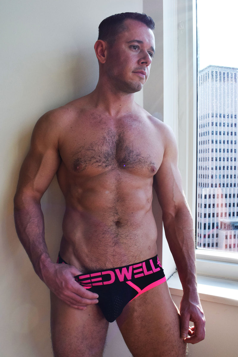 BLACKLIGHT CIRCUIT BRIEF - NEON PINK