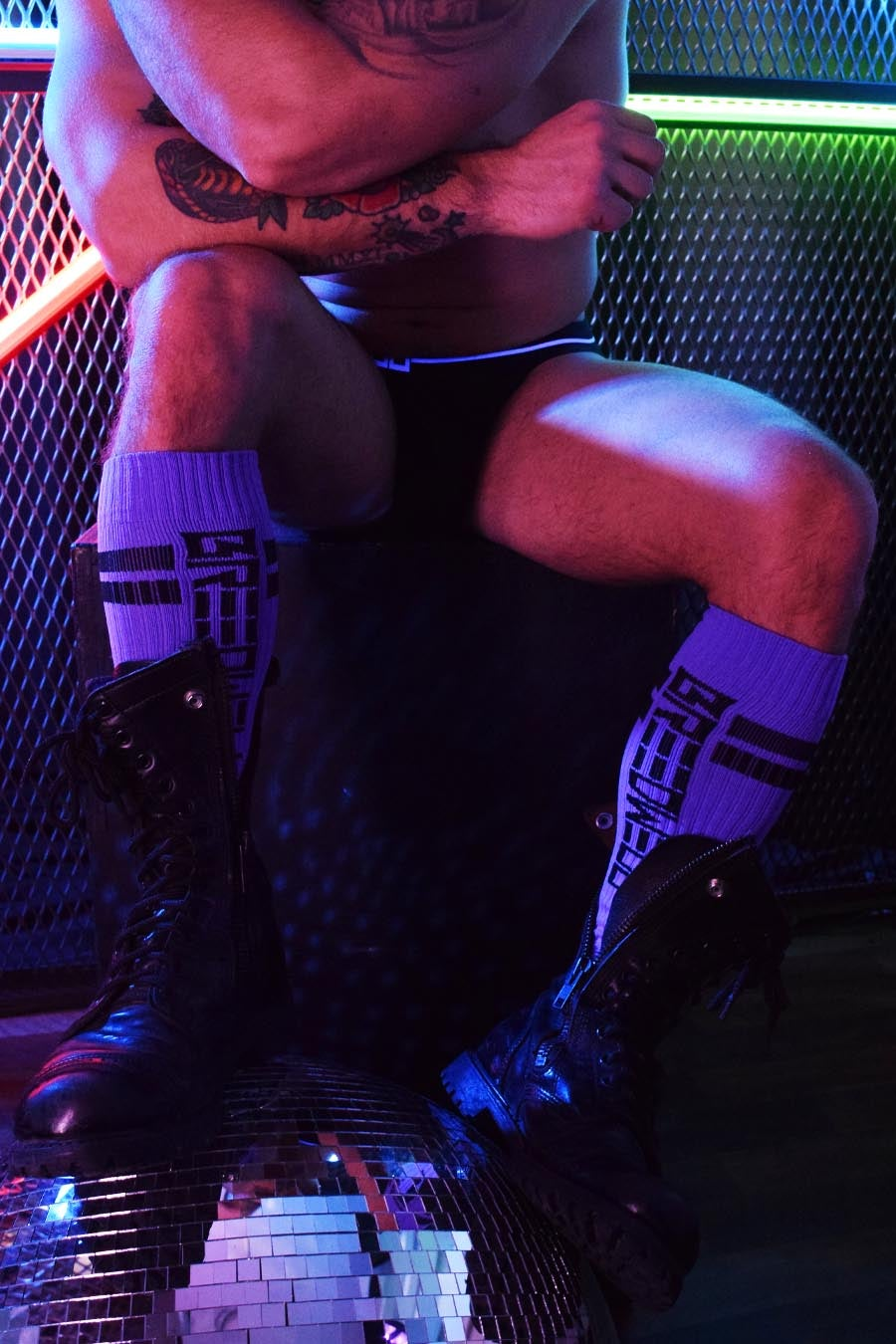 NEWSCHOOL CLASSIC SOCKS - PURPLE
