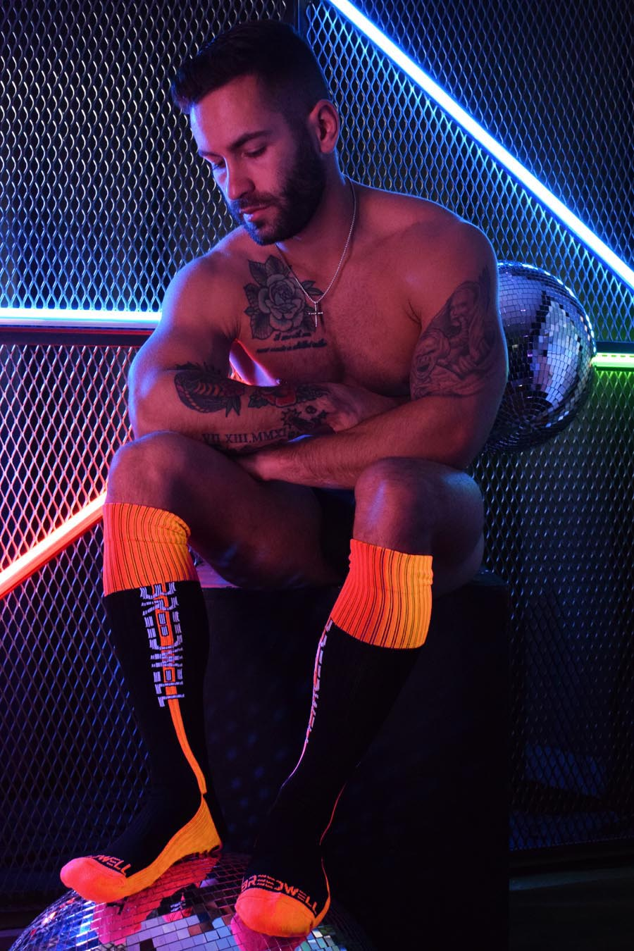 NIGHTCRAWLER SOCKS - NEON ORANGE