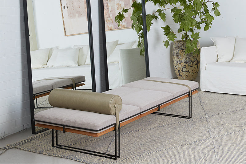 Coulee Daybed