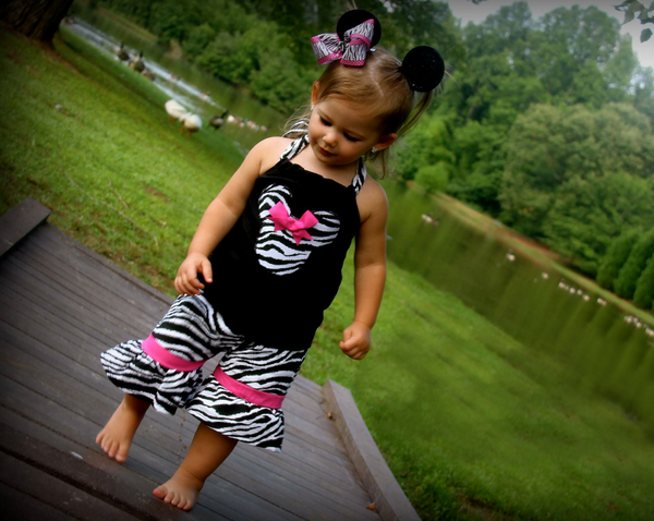 zebra minnie Mouse short set