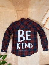 Load image into Gallery viewer, Be Kind Flannel - VintageChameleon