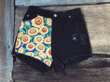 Sunflower Side Shorts - VintageChameleon