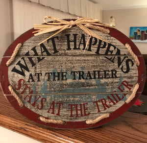 "Wooden Sign ""Trailer"""