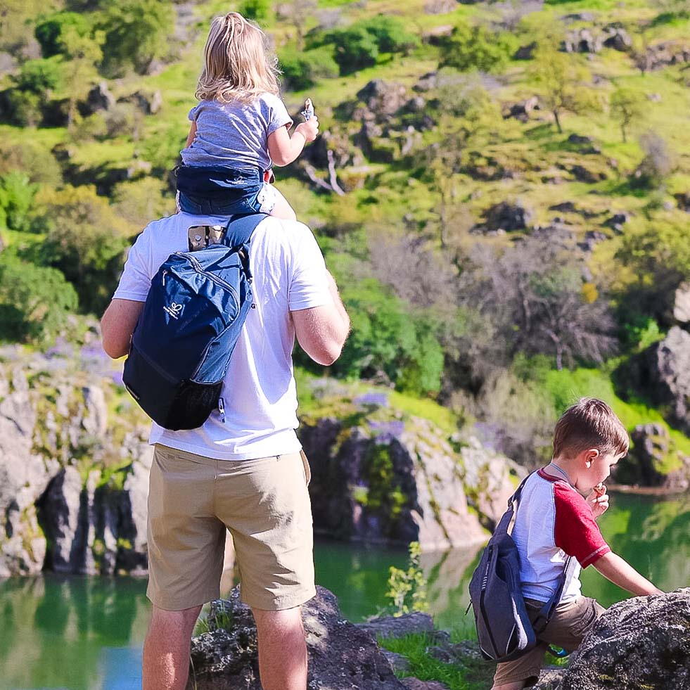 Father's Day Gift - 8 Best Waterfly Bags for Your Dad