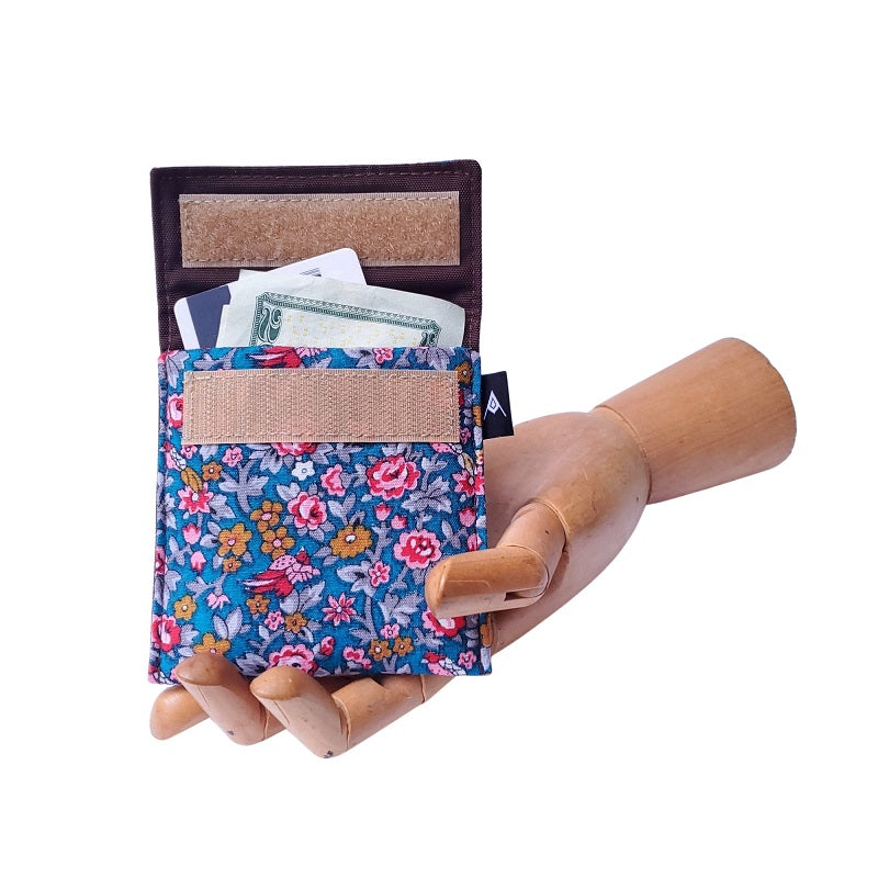 Vintage Bird FLoral Print Velcro Mini Wallet by Anne Marie Beard. Handmade in Austin, Texas since 2004 y'all! annemarie mini wallet austin texas
