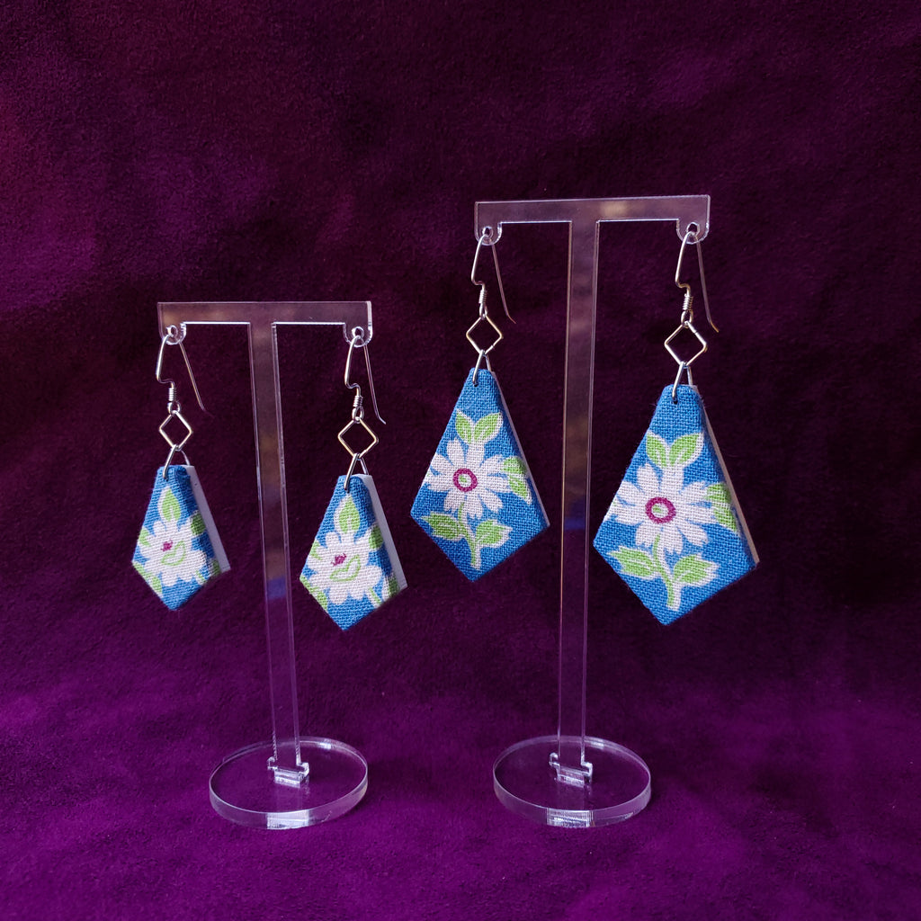White & Blue Daisy Textile Jewelry Americn Feedsack Fabric by Jewelry Designer Anne Marie Beard in Austin, Texas