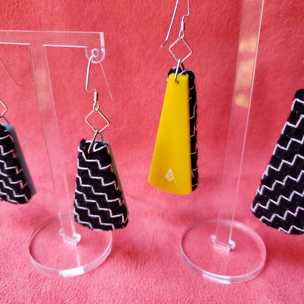 Black & White Zig Zag Textile Earrings made from recycled clothing. Handmade by jewelry designer Anne Marie Beard in Austin, Texas.
