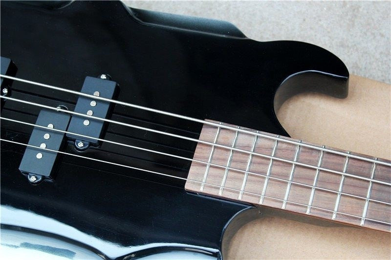 Bass - 4-String Axe Bass With Rosewood Fingerboard