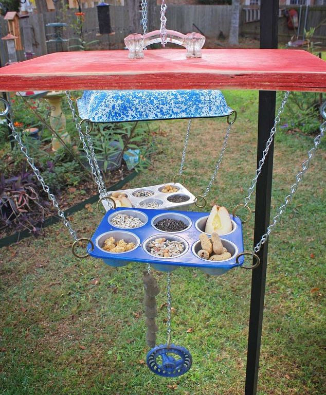 Hillbilly Bird Feeder