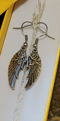 Six Shooter Heritage Rose Wing Necklace Vintage Silver + FREE Matching Earrings