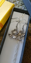 Six Shooter Heritage Rose Stem Necklace Vintage Silver - FREE Matching Earrings