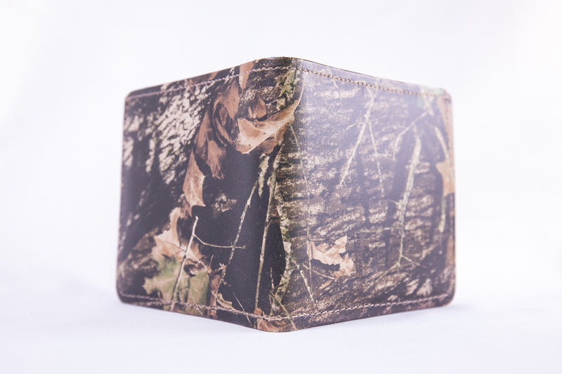 Mossy Oak Camo Premium Leather Bi-Fold Wallet
