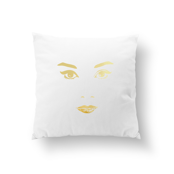 Audrey, Pillow