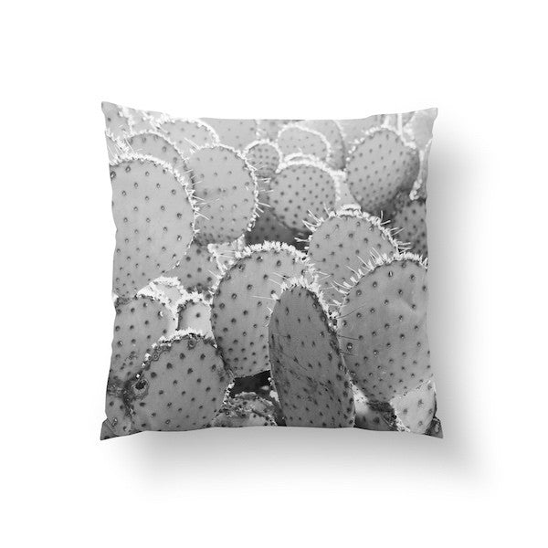 Opuncia Black, Pillow