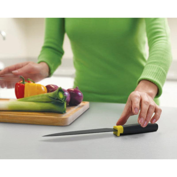 "Joseph Joseph Elevate 6.5"" Chefs Knife - Grey"