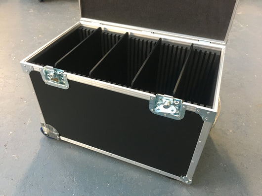 Lightweight Wheeled case, movable dividers. i/d 600x300x300mm Ref. 7928
