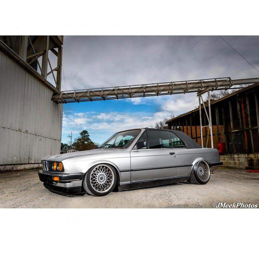 E30Riley Is Building His Dream E30