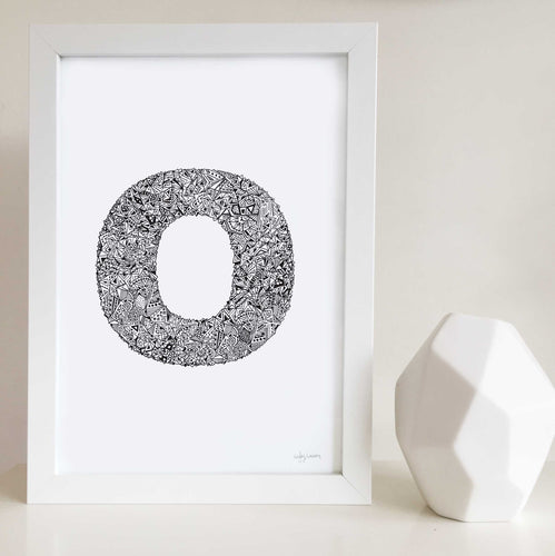 Letter O illustrated by Hayley Lauren Design for nurseries or kids bedrooms