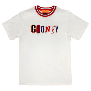 "<img src=""http://brianwoodonline.com/ghost.png""><br>gooney"
