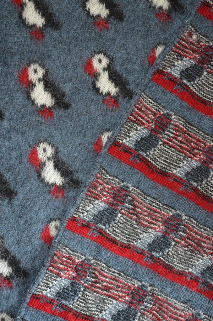 Icelandic Blanket - Blue with puffins – handknit.is