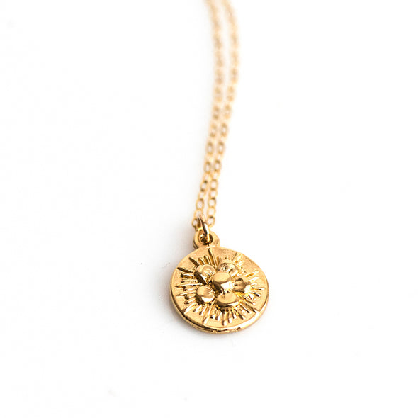 SMALL FLOWER SPARK DISC NECKLACE - GOLD - 244NLG