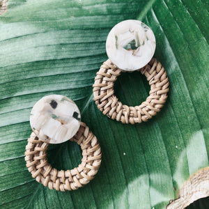 Manau acrylic rattan earrings