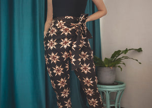 Dharma wrap pants in Aster