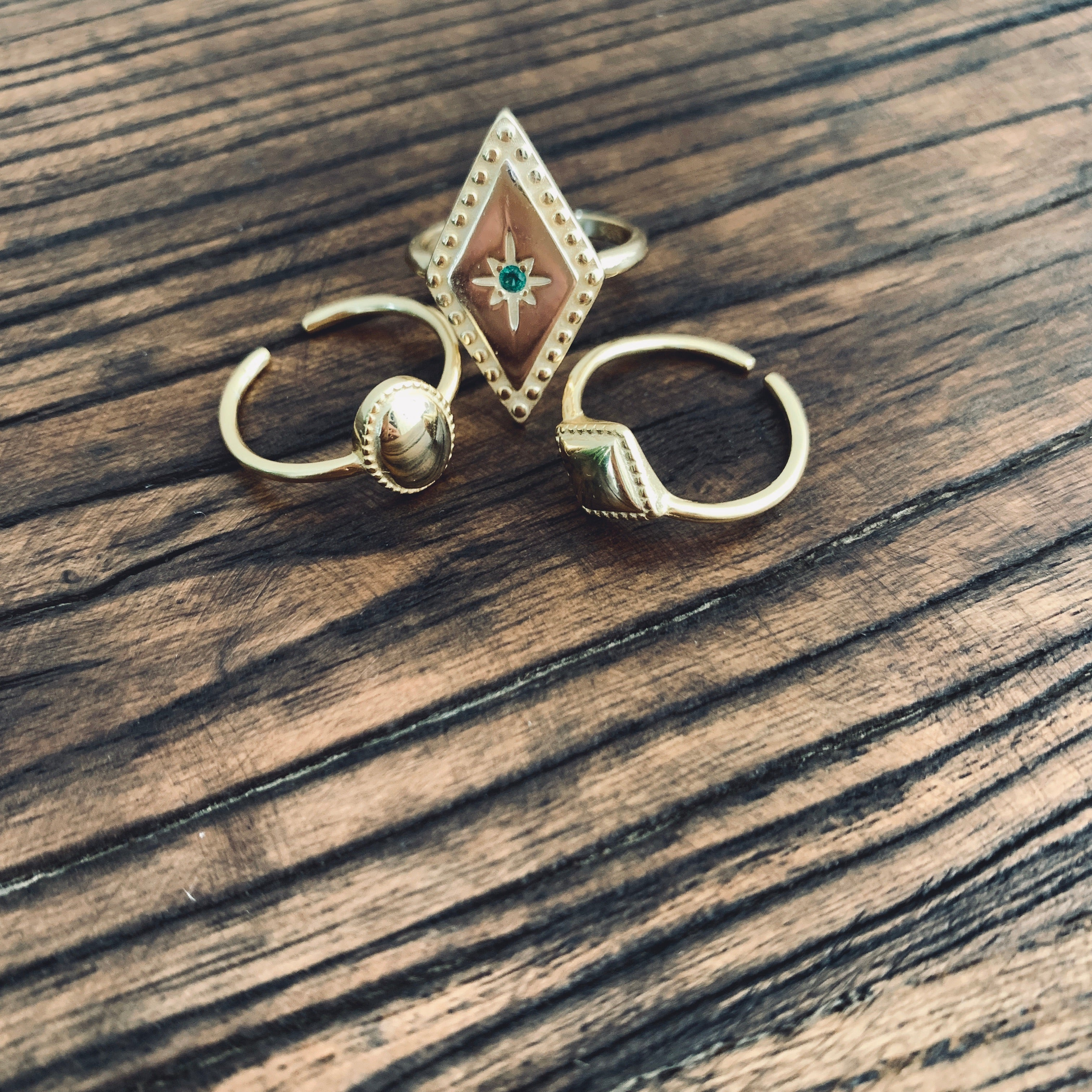 Spade gold plated ring