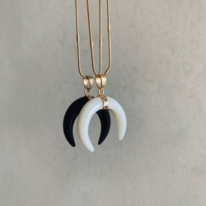 Rina stone horn pendant necklace