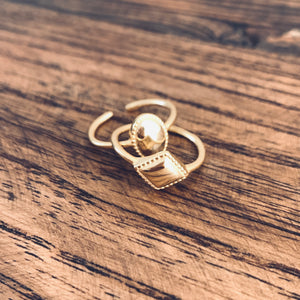 Medallion gold plated ring
