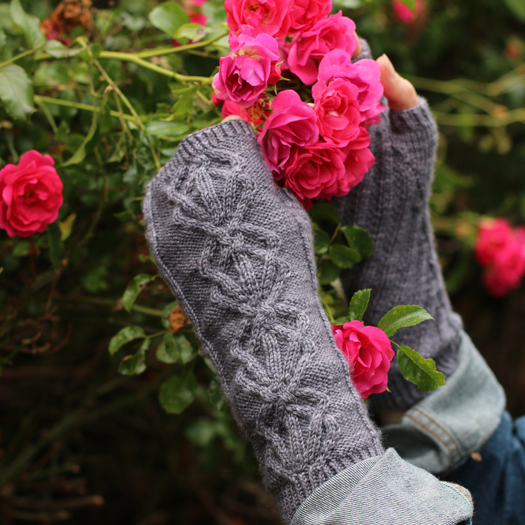 Stannum Mitts by carol Feller in Townhouse Yarns Grafton
