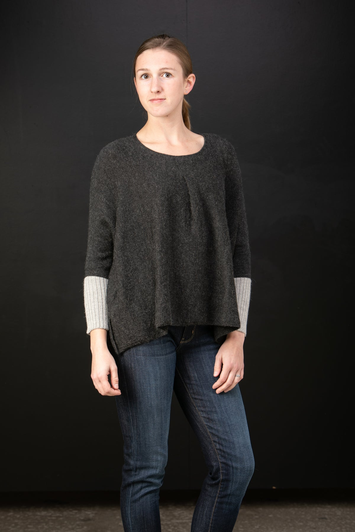 Chiri Rayzel baby alpaca sweater with pleat detail in Night