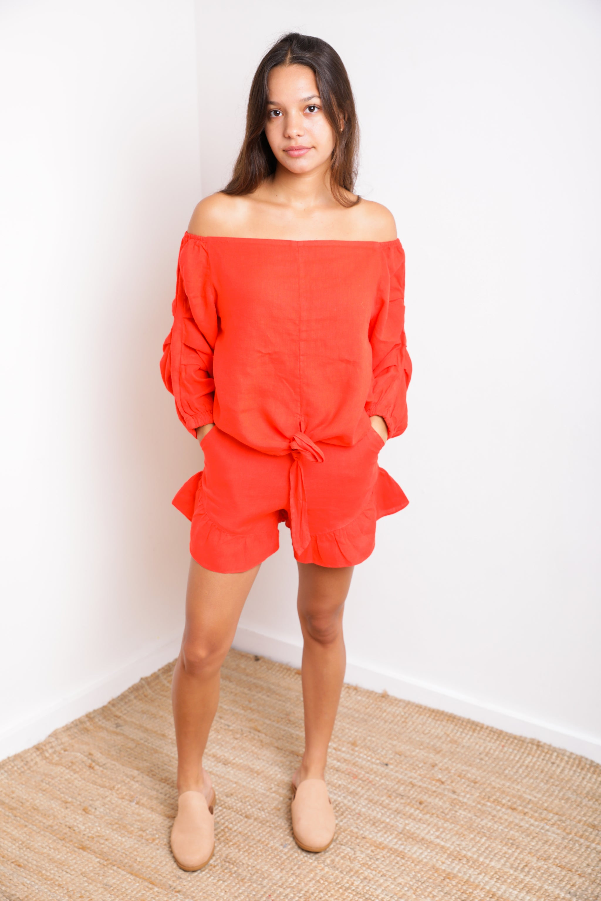 Palma Ruffle Short in Bright Red Linen