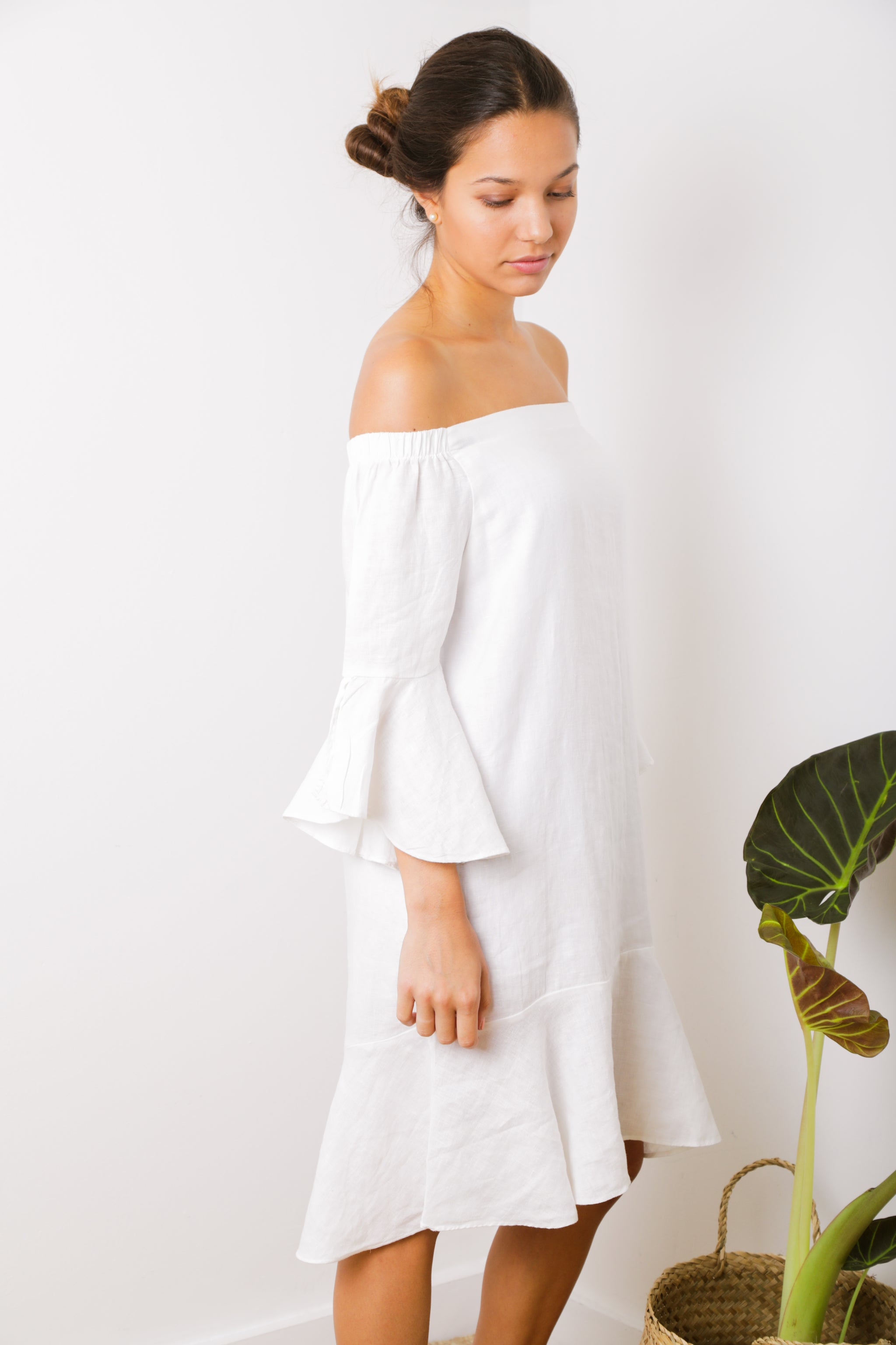Alma Off-Shoulder Ruffle Dress in White Linen