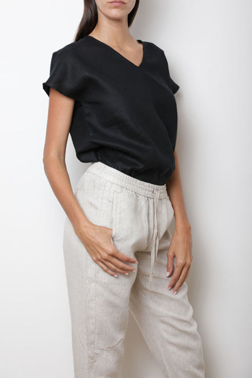 Gift Top in Black Linen