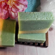 Load image into Gallery viewer, Cucumber and Melon Handmade Soap - lemonandmelonstore