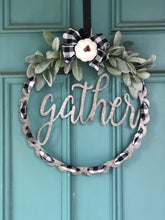 Load image into Gallery viewer, Metal gather wreath