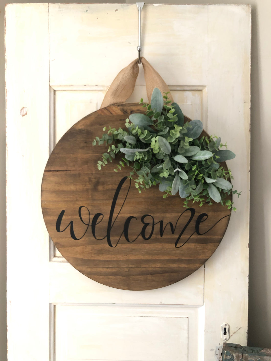 Wood round wreath
