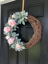 Load image into Gallery viewer, Lambs ear rose wreath