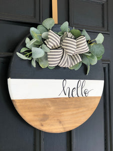 Tricolor wood round wreath