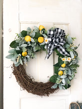 Load image into Gallery viewer, Lemon wreath