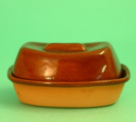 Terracotta Casserole Dish-Dollshouse Hampshire